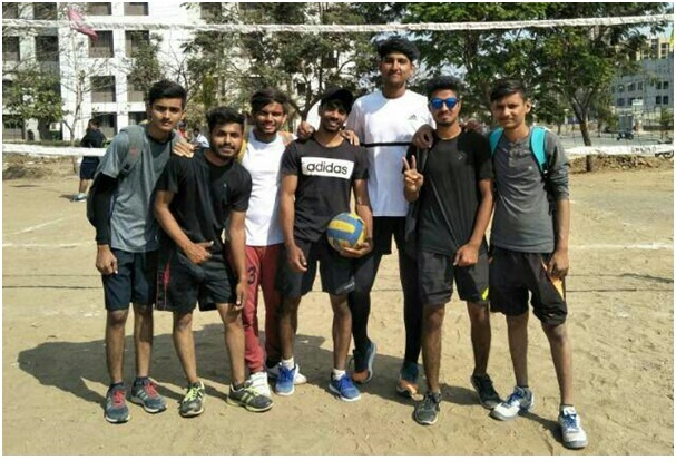 Students from Automobile department secured the 1st rank in Volley Ball sports competition BMEF Spandan 2018.